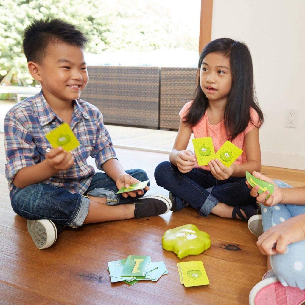 Juego de mesa para que los niños se diviertan